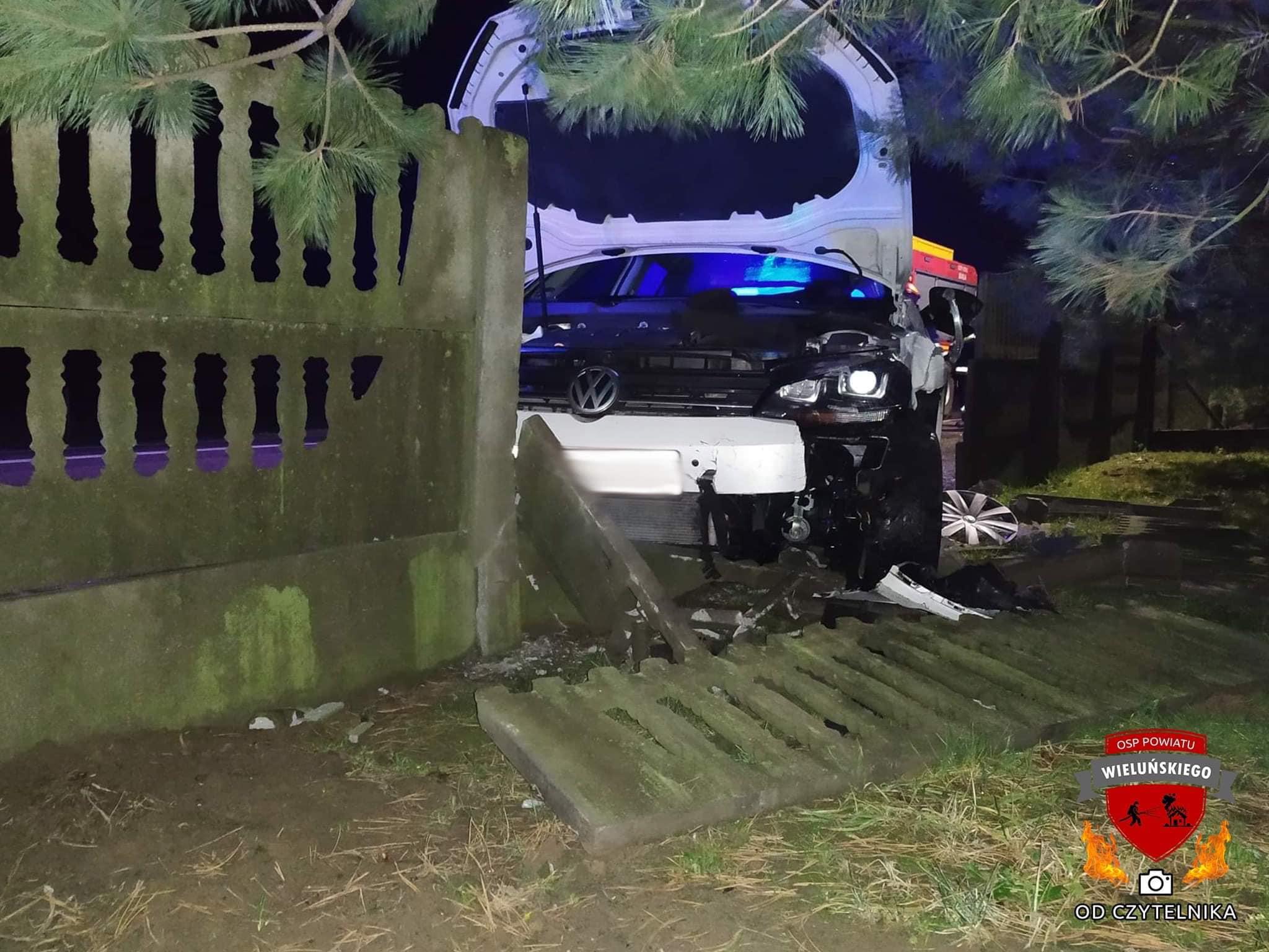 ALARM 0259 24.12.2019 Wypadek drogowy. Samochod osobowy wypadl zdrogi.xx&oh=d428d84e653f8ba72c85dd6c3d55078c&oe=5EA612CD - ALARM 02:59 24.12.2019  Wypadek drogowy. Samochód osobowy wypadł zdrogi  Klapka...