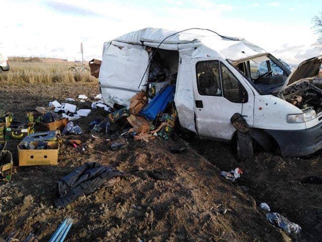 ALARM 1251 03.12.2019 Wypadek drogowy. Zderzenie samochodu ciezarowego z.xx&oh=02c420f99e7cd3c20b7c430587eff7d5&oe=5EA472D5 - ALARM   12:51   03.12.2019    Wypadek drogowy. Zderzenie samochodu ciężarowego z...