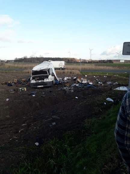 ALARM 1251 03.12.2019 Wypadek drogowy. Zderzenie samochodu ciezarowego z.xx&oh=429412ac9fc5196bd7e4fe7ebdcffe3b&oe=5E927D83 - ALARM   12:51   03.12.2019    Wypadek drogowy. Zderzenie samochodu ciężarowego z...